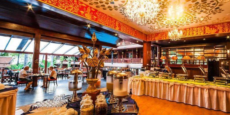 royal_phawadee_village_restaurants01