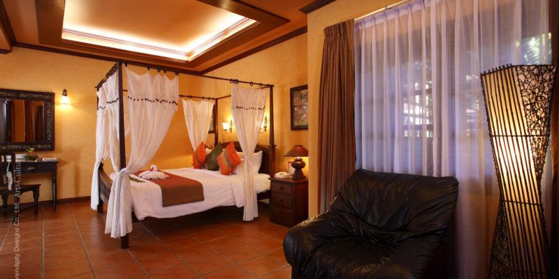 royal_phawadee_village_room_enterior11